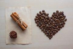 Koffie en de dag van Valentine Stock Fotografie