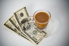 Koffie en dollar Stock Afbeelding