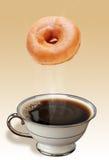 Koffie en Donuts. Stock Afbeeldingen