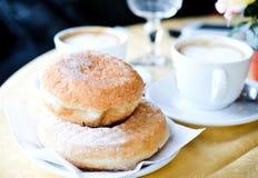 Koffie en Donuts Stock Foto's