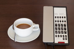 Koffie en een telefoon, Stock Afbeelding