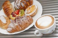 Koffie en gebakje Royalty-vrije Stock Foto