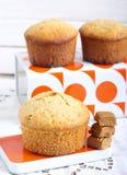 Koffie en karamelcakes Stock Afbeeldingen