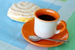 Koffie en Koekje stock foto's