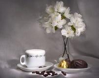Koffie en snoepjes (eenvoudige ontbijtreeks) Stock Afbeelding