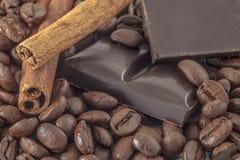 Koffie en vanilleachtergrond Royalty-vrije Stock Afbeeldingen