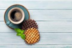 Koffie en wafels royalty-vrije stock afbeelding