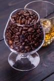Koffie en wisky Stock Foto's