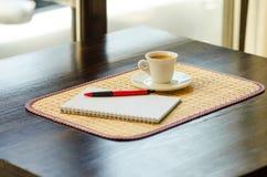 Koffie en Zaken Royalty-vrije Stock Foto's