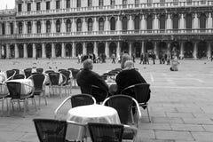 Koffie in het vierkant van San Marco Stock Afbeeldingen