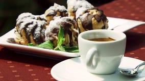 Koffie met cake stock video