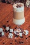 Koffie met fijn melkschuim royalty-vrije stock foto's