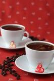 Koffie met harten en koffie-bonen Stock Afbeeldingen