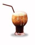 Koffie met roomijs op witte achtergrond Royalty-vrije Stock Afbeelding