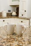 Koffie in moderne keuken Stock Afbeelding