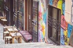 Koffie op de straat van Istanboel, Turkije royalty-vrije stock afbeeldingen