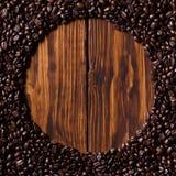 Koffie op hout Stock Afbeelding