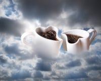 Koffie in wolken Stock Fotografie