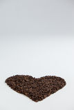 Koffiebonen die gevormd hart vormen Royalty-vrije Stock Foto's