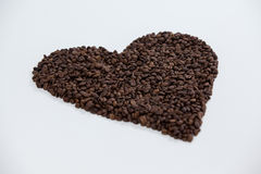 Koffiebonen die gevormd hart vormen Royalty-vrije Stock Fotografie