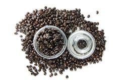 Koffiebonen in glas Royalty-vrije Stock Fotografie