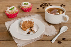 Koffiecakes, muffins met koffiearoma Royalty-vrije Stock Afbeelding