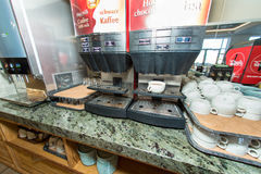 Koffiegebied in het restaurant van het vijfsterrenhotel Pomorie, Bulgarije Royalty-vrije Stock Afbeeldingen