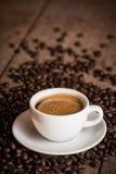Koffiekop en koffiebonen Royalty-vrije Stock Foto