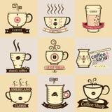Koffiekoppen met Emblemen, Royalty-vrije Stock Foto's