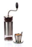 Koffiemolen en kop Royalty-vrije Stock Foto's