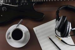 Koffiepauze in opnamestudio Stock Fotografie