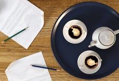 Koffiepauze tijdens bedrijfstijd Stock Afbeelding