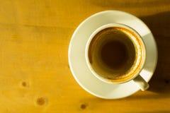 Koffievlek op lege kop Royalty-vrije Stock Afbeelding