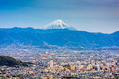 Kofu, Japón con el Mt fuji foto de archivo libre de regalías