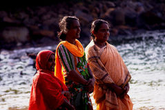 Kogala, Sri Lanka - 23 de dezembro de 2013: Mulheres locais fotos de stock royalty free