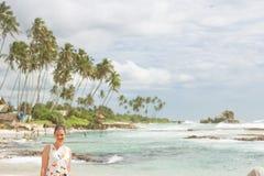 Koggala Wyrzucać na brzeg, Sri Lanka - portret kobieta przy Koggala plażą Zdjęcia Royalty Free