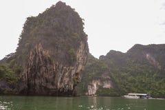 Koh κόλπος της Hong Phang Nga κοντά σε Phuket, Θάλασσα Ανταμάν στοκ εικόνα με δικαίωμα ελεύθερης χρήσης