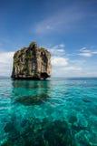 Koh brzęczeń Osamotniona wyspa Obrazy Stock