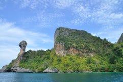 Koh Kai som är osedd i Phang Nga Thailand Arkivbild