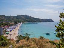 Koh Lan, Thailand. View of the amazing Samae Beach in Koh Lan island, the popular tropical paradise, right in front of Pattaya Stock Photo
