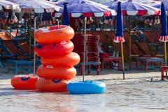 Koh Larn wyspy tropikalna plaża w Pattaya mieście, Chonburi Thailan obraz stock