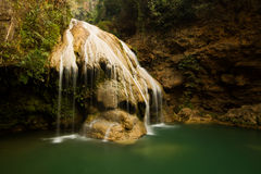 KOH luang Wasserfall lumphun Thailand Lizenzfreies Stockfoto