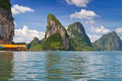 Koh Panyee op de baai van Phang Nga Stock Foto