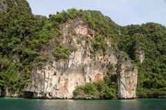 Koh Phi Phi Island, lagune de Pileh, la mer d'Andaman, Thaïlande Une destination de touristes célèbre photo libre de droits