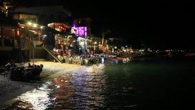 KOH Samui tailandia 25 de julio de 2014 Restaurante con almacen de video