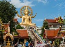 KOH SAMUI, THAILAND - JAN 23 : Big buddha with many of tourist i Stock Images