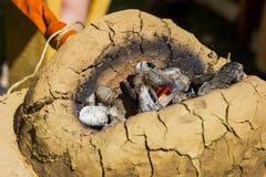 Kohlen für Ambosse Stockfotos