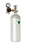 Kohlendioxyd-Behälter mit dem Regler lokalisiert auf Weiß Lizenzfreie Stockfotos
