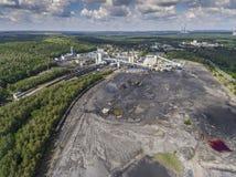 Kohlengrube im Süden von Polen Zerstörtes Land Ansicht von oben Stockfoto