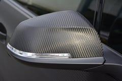 Kohlenstoffspiegelspiegel wingmirror Flügel carwrap, das Verpackungsvinyl einwickelt Lizenzfreie Stockfotos